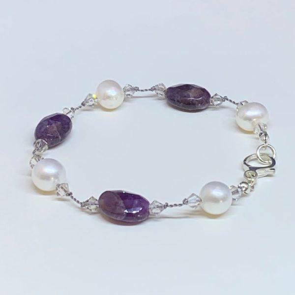 Freshwater pearl and amethyst bracelet