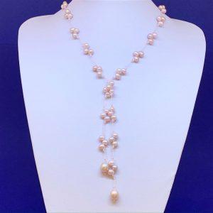 Freshwater pearl lariat
