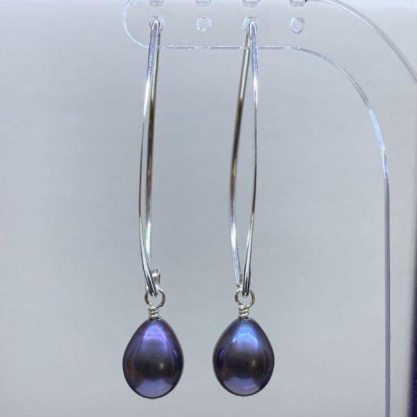 Freshwater peacock pearl earrings
