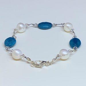 Apatite pearl bracelet